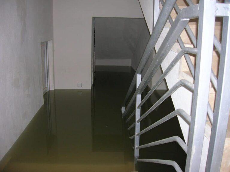 Wateroverlast in de kelder laten verhelpen