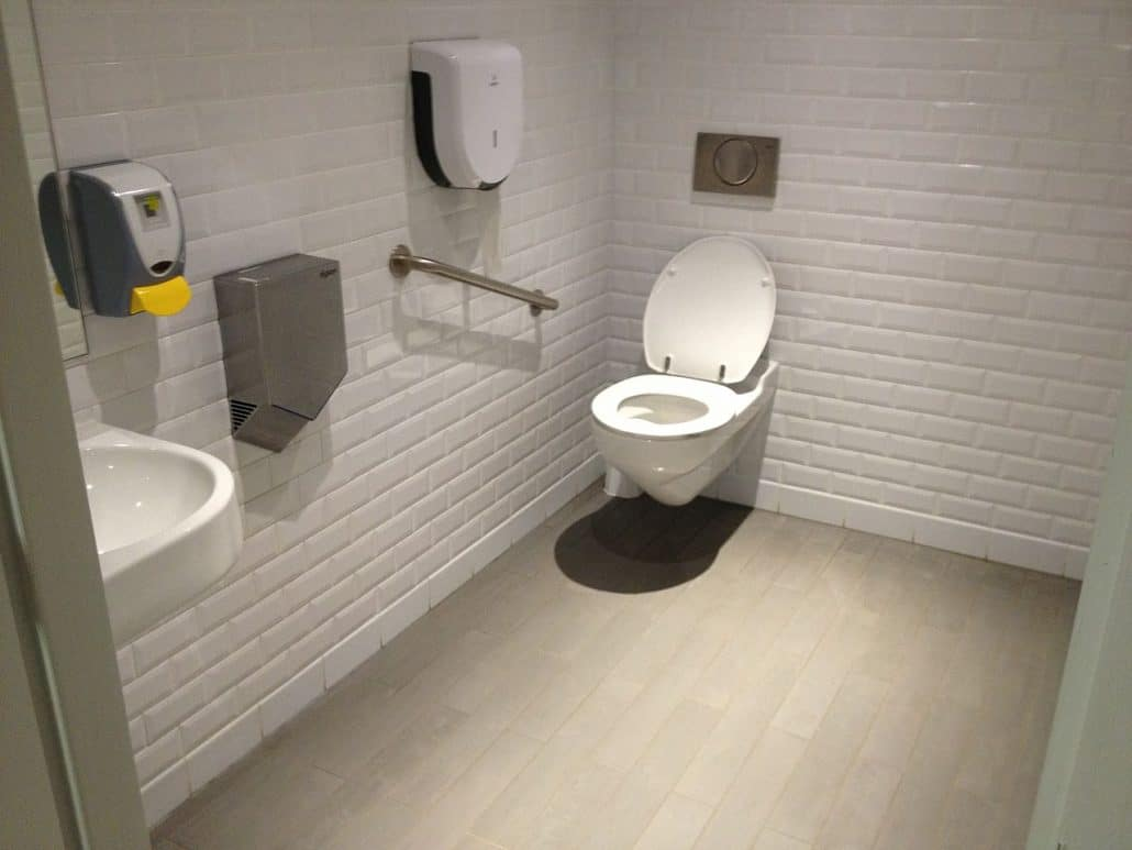 wc loopt vol bij doortrekken nonstop riool bel 0546 490305. Black Bedroom Furniture Sets. Home Design Ideas
